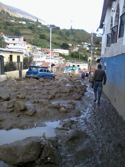 ADRA and church members respond to communities affected by torrential rain in West Venezuela
