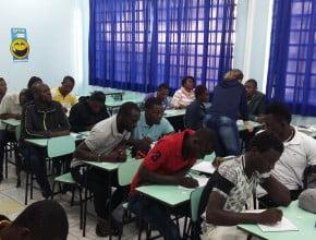 Escola Adventista de Caxias do Sul cria oficina para estrangeiros e disponibiliza aulas de libras