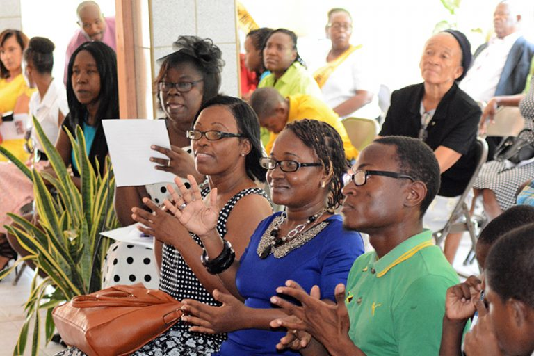 Adventist Church in Jamaica Organizes First Deaf Congregation
