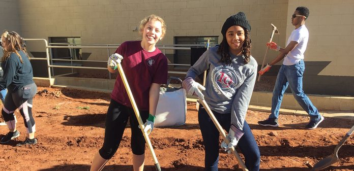 A group of 18 Georgia-Cumberland Academy students traveled to Holbrook, Arizona, United States, to help beautify the Holbrook Indian School campus and buildings. [Photo: courtesy of Kalie Kelch]