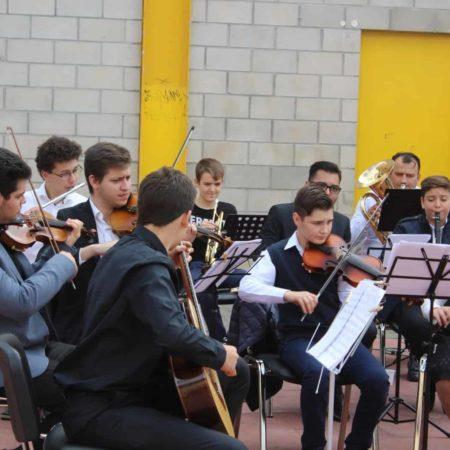 Soli Deo Gloria: Música y misión