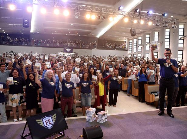 Programa Amigos de Fé motiva líderes para o discipulado